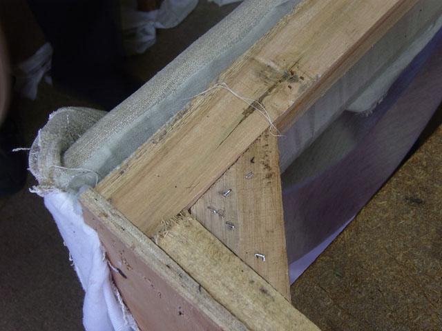 brolzetels   Goedkope zetels, slechte kwaliteit, herstellen, renoveren   De Stoffeerder Buggenhout