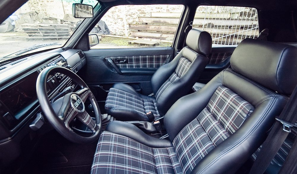 Herstofferen auto Interieur Golf 2 V60